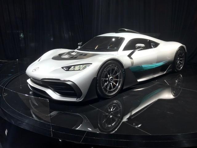 AMG One, um híbrido de R$ 10 milhões, o mais caro do salão
