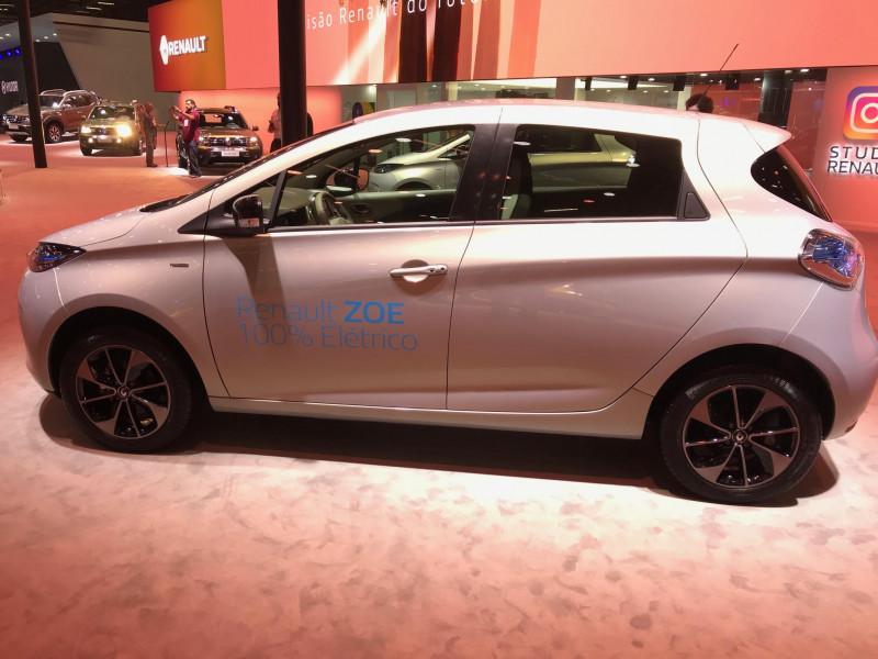 Zoe, compacto elétrico da Renault, já pode ser comprado no Brasil