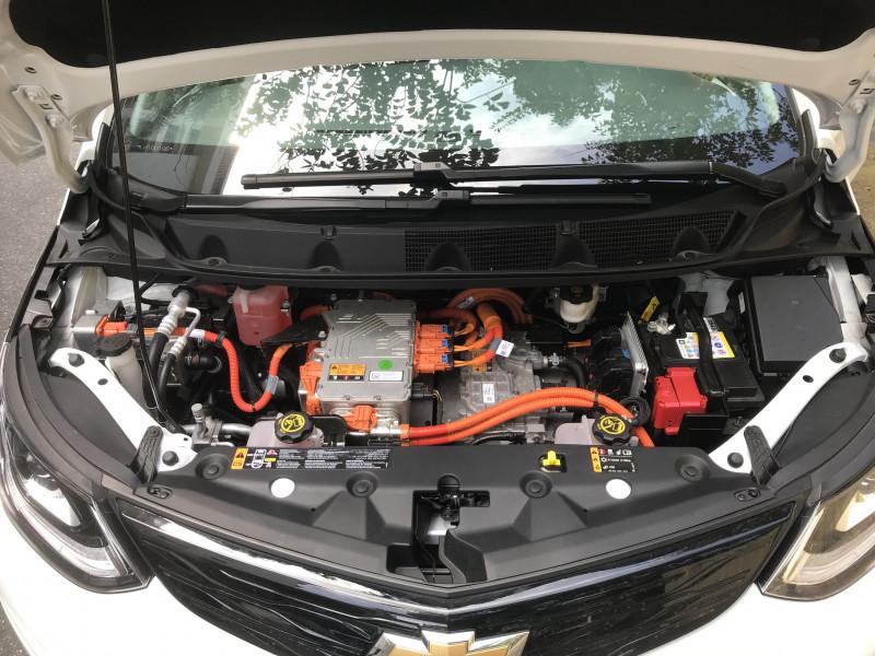 Motor elétrico é compacto e de manutenção mais simples e barata, afirma a GM.
