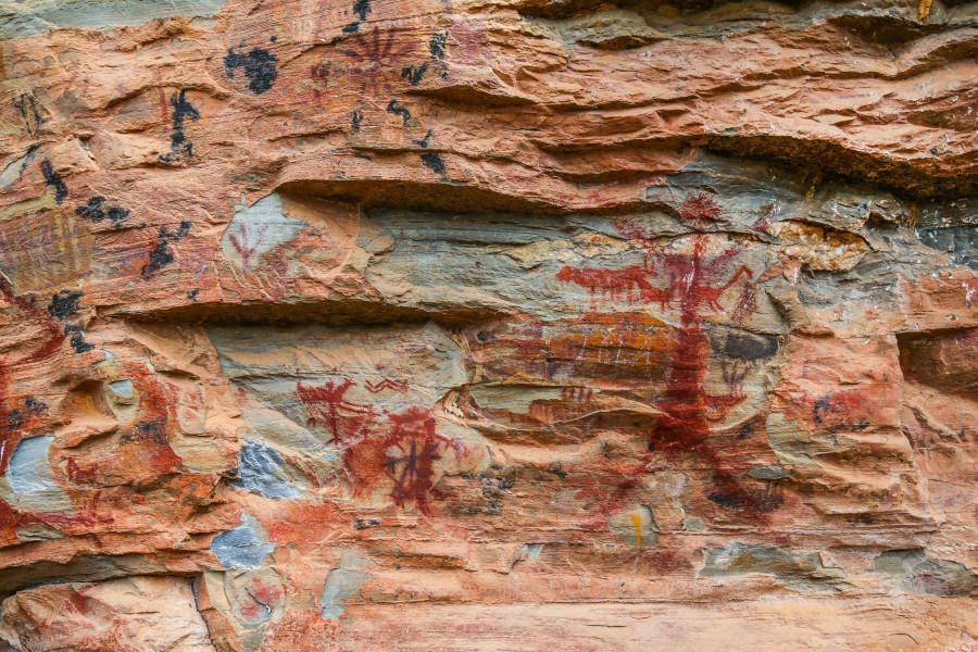 Pinturas rupestres na Lapa do Sumidouro datam de mais de mil anos atrás.